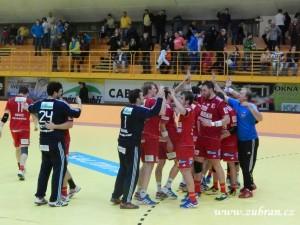 HC Gumárny Zubří – HC Dukla Praha 2013 00211