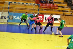 Turnaj ve futsale Zubří 2013 P  0008