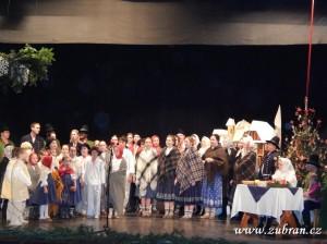 """Vánoční tradice pro ,,Kamarád"""" – Valašský soubor písní a tanců Beskyd – Zubří 2013 00090"""