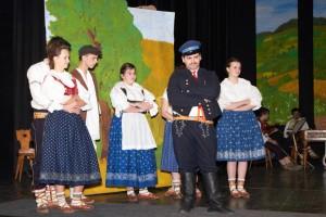 Divadelní SPONA Zubří Láska na horách 2014  0134