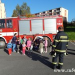 Hasičské cvičení v mateřské škole na sídlišti v Zubří 10.2014 0010