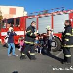 Hasičské cvičení v mateřské škole na sídlišti v Zubří 10.2014 0012