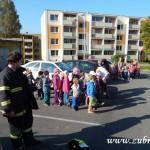 Hasičské cvičení v mateřské škole na sídlišti v Zubří 10.2014 0024