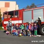 Hasičské cvičení v mateřské škole na sídlišti v Zubří 10.2014 0030