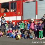 Hasičské cvičení v mateřské škole na sídlišti v Zubří 10.2014 0031