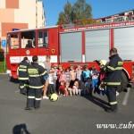 Hasičské cvičení v mateřské škole na sídlišti v Zubří 10.2014 0033