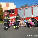 Hasičské cvičení v mateřské škole na sídlišti v Zubří 10.2014 0034