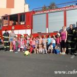 Hasičské cvičení v mateřské škole na sídlišti v Zubří 10.2014 0041