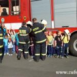 Hasičské cvičení v mateřské škole na sídlišti v Zubří 10.2014 0047