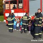 Hasičské cvičení v mateřské škole na sídlišti v Zubří 10.2014 0048