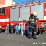 Hasičské cvičení v mateřské škole na sídlišti v Zubří 10.2014 0054