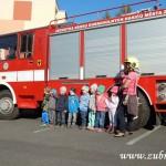Hasičské cvičení v mateřské škole na sídlišti v Zubří 10.2014 0055