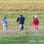 Děti ve strništi