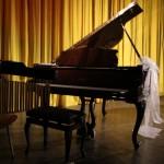 Vánoční benefiční koncert VŮNĚ VÁNOC klavirní vystoupení 2014 Zubří 0002