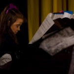 Vánoční benefiční koncert VŮNĚ VÁNOC klavirní vystoupení 2014 Zubří 0017