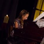 Vánoční benefiční koncert VŮNĚ VÁNOC klavirní vystoupení 2014 Zubří 0032