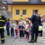 Cvičná evakuace MŠ duha Zubří 2015   0009