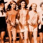 70s-Fashion-70s-fashion-31401671-400-240