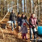 Zdobení vánočního stromečku pro zvířátka v Lipůvce 20160004