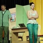Divadlo Chaos - Nikdo není dokonalý, aneb polib tetičku
