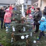 Tradiční domácí zabíjačka a rozsvěcení vánoční výzdoby v TIP cafe 2016 0064