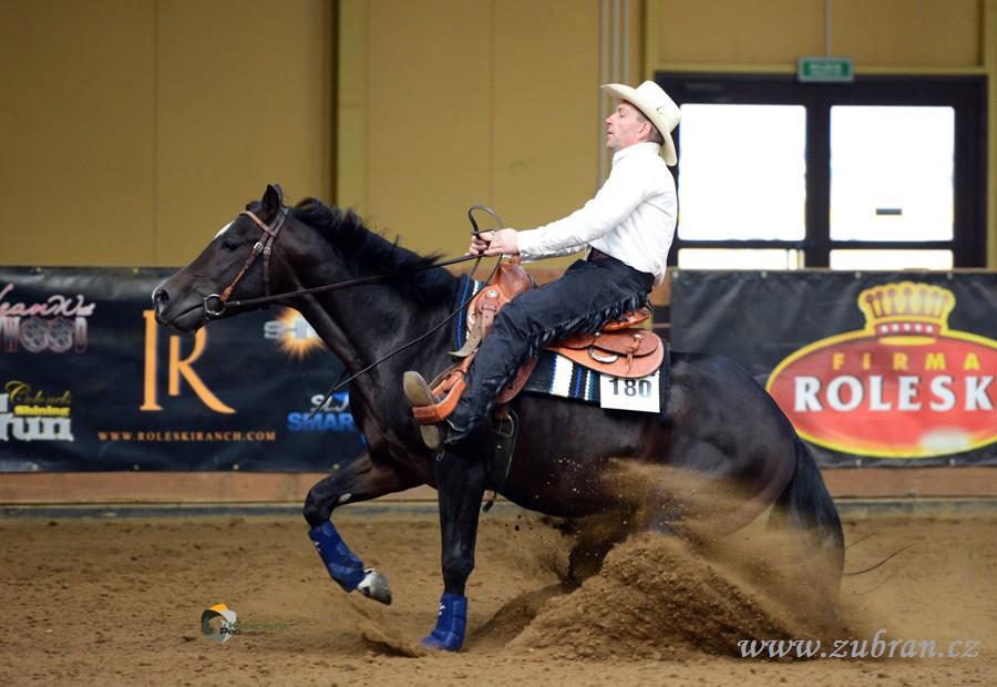 Trener Koni A Westernovy Jezdec Antonin Solansky Odpociva Po Narocne