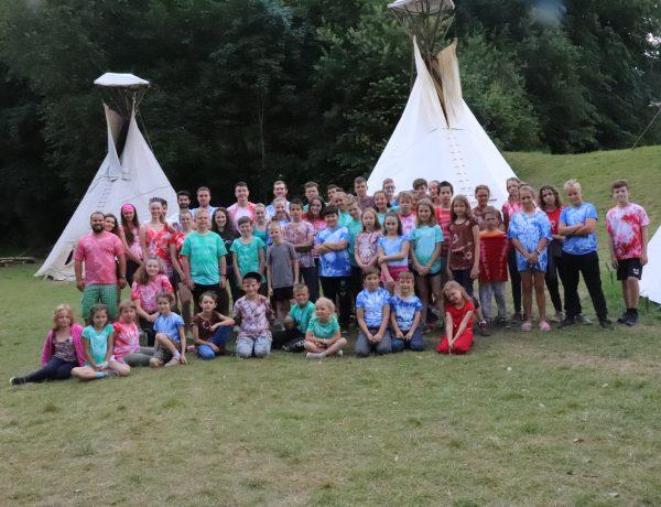 Celý rok na táboře